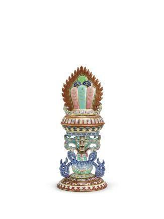 清嘉慶   粉彩七珍主藏寶供器 《大清嘉慶年製》款