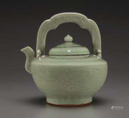 A VERY RARE LONGQUAN CELADON TEAPOT AND COVER