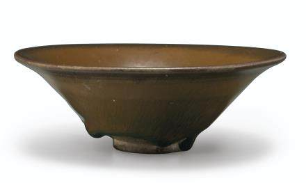 A JIAN PERSIMMON-BROWN 'HARE'S-FUR' CONICAL BOWL