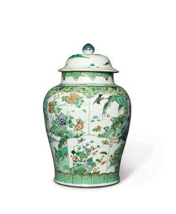 A LARGE FAMILLE-VERTE BALUSTER JAR AND A COVER QING DYNASTY, KANGXI PERIOD