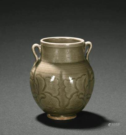 A Yaozhou celadon carved jar