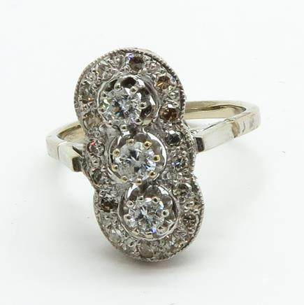 Ladies 14KG Diamond Art Deco Ring
