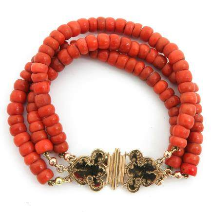 19th Century Red Coral Bracelet on 14KG Clasp