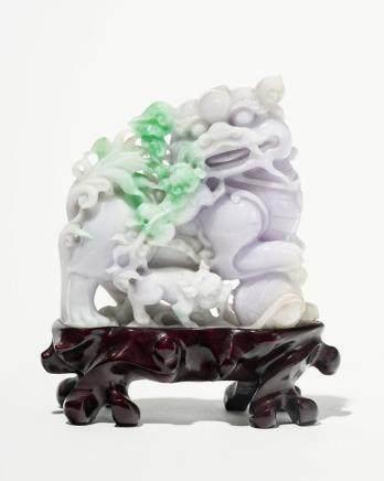 Chien de Fô et ses petits, Chine Jade sculpté, H 8 cm
