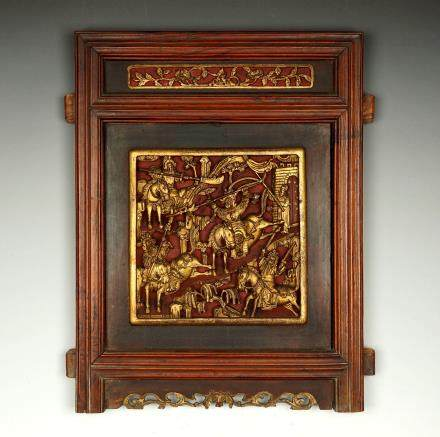 EARLY QING DYNASTY, A CHINESE GOLD GILT WOOD CARVING