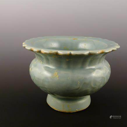Ming Dynasty Xuande blue and white high foot cup