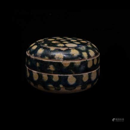 唐代加蘭小粉盒