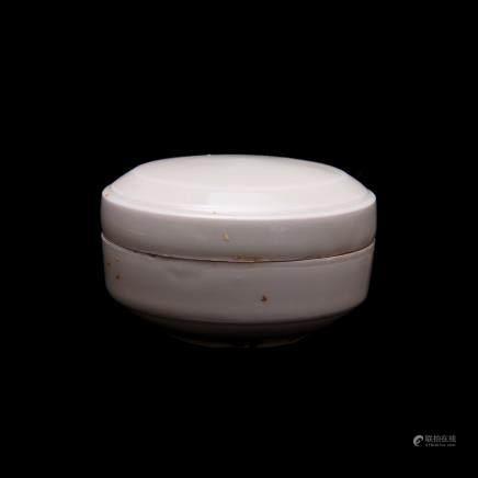 唐代邢窯粉盒