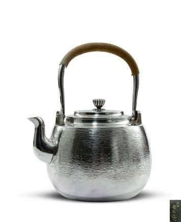 槌目菊紐純銀湯沸