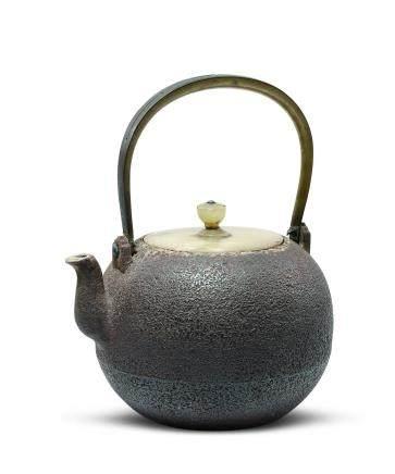 金谷五郎三郎 玉蓋鐵瓶