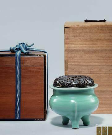 宋 青瓷鬲式香爐