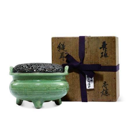 明 龍泉青瓷八卦紋香爐