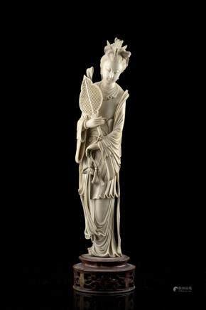 中國 二十世紀 象牙觀音雕像
