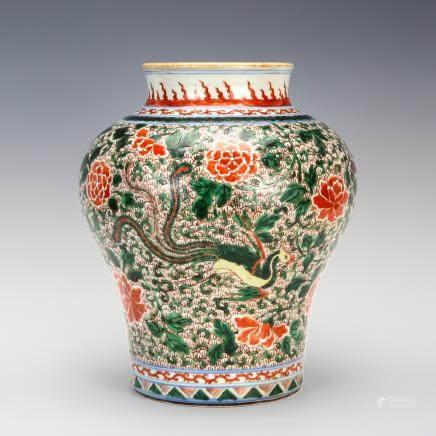 五彩鳳穿花紋罐