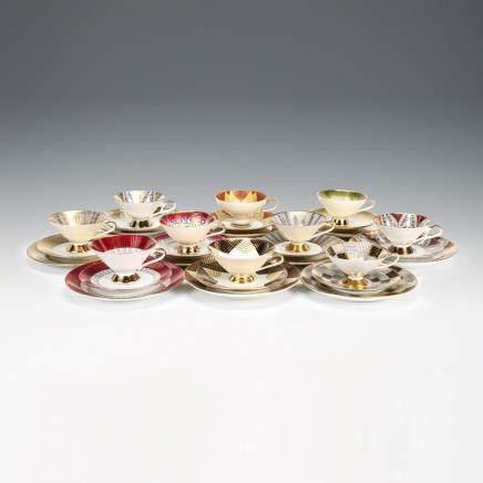 巴伐利亞 裝飾藝術風格 金彩茶具三件一套 30件