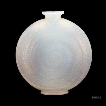 勒内・拉利克 花瓶「蝸牛」
