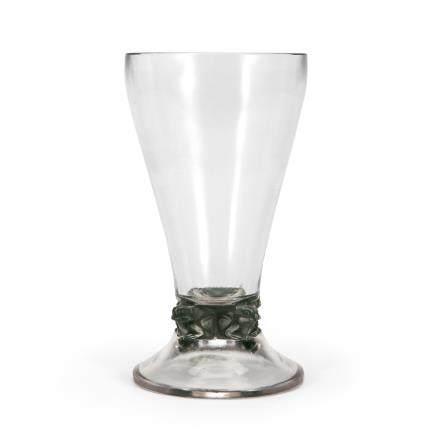 勒内・拉利克 杯「4隻蛙」