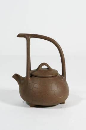 CHINESE YIXING ZISHA TEA POT WITH MARK