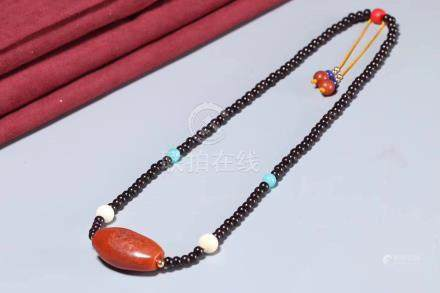 MING OR QING DYNASTY ONYX NECKLACE