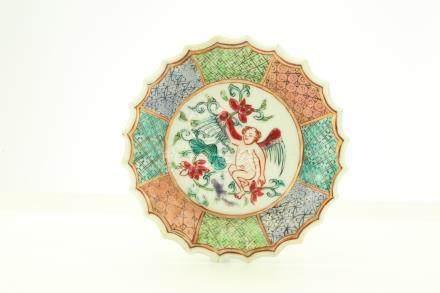 清雍正   粉彩繪智天使杯碟一套,繪人物杯碟一套及繪花果碟一隻