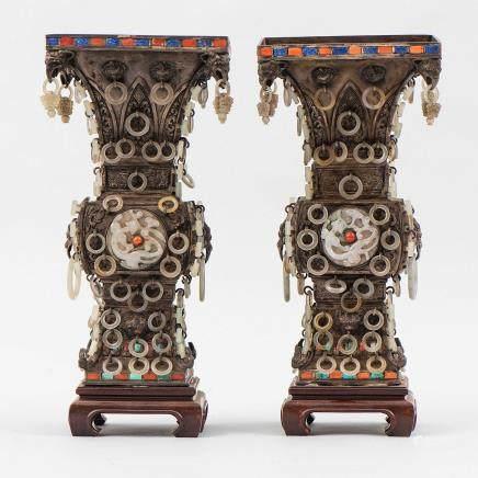 Importante pareja de copas chinas en plata. Trabajo Chino, Siglo XIX-XX