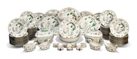 AN UNUSUAL CHINESE FAMILLE ROSE PART DINNER-SERVICE