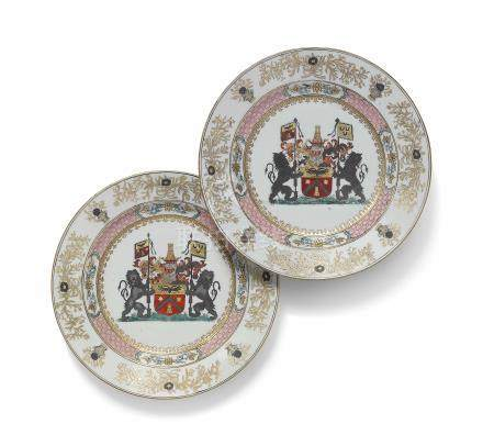 A PAIR OF CHINESE FAMILLE ROSE ARMORIAL PLATES FOR THE BELGIAN MARKET