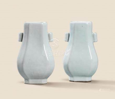 A FINE PAIR OF GUAN-TYPE GLAZED OCTAGONAL VASES