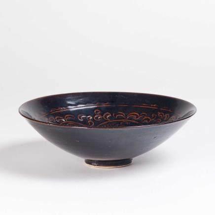 19th 黑釉划花笠式碗