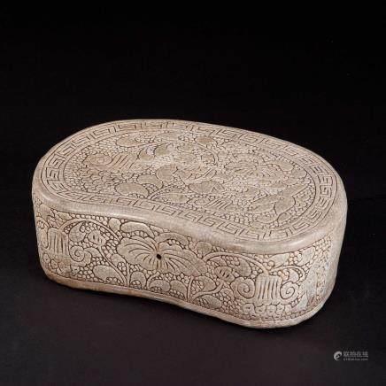 19th 磁州窑珍珠地婴戏纹瓷枕