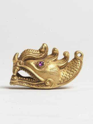 魔羯魚;四臂觀音菩薩像