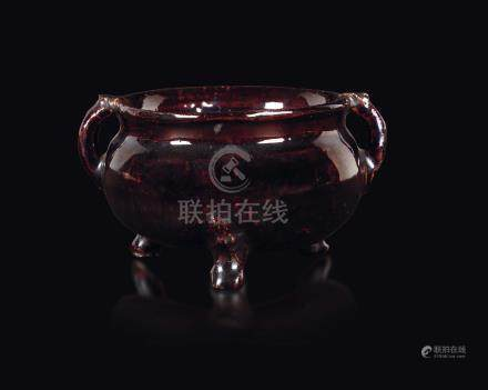 A brown-glazed stoneware censer, China, Qing Dynasty, Qianlong Period (1735-1796)