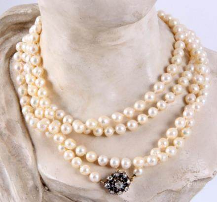 长珍珠项链