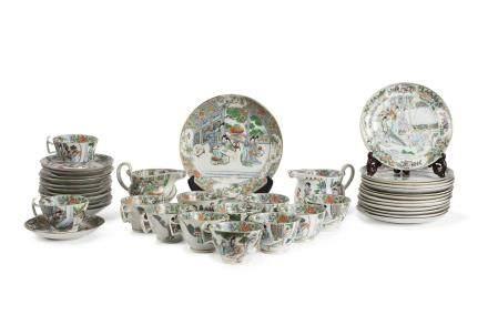 Chine, fin XIXe – début XXe siècle Service en porcelaine et émaux de canton