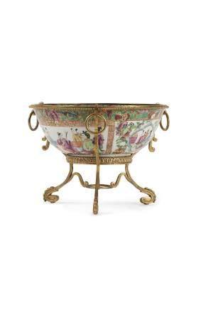 Chine, fin XIXe siècle Bol en porcelaine et émaux de Canton
