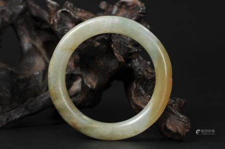 CHINESE QING DYNASTY JADEITE BANGLE