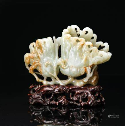 CHINESE JADE CARVED FINGER CITRON FRUIT GROUP