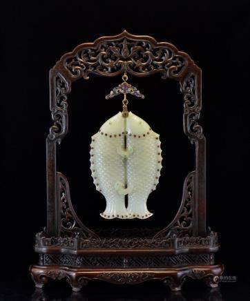 DOUBLE FISHES JADE & TOURMALINE HANGING PLAQUE