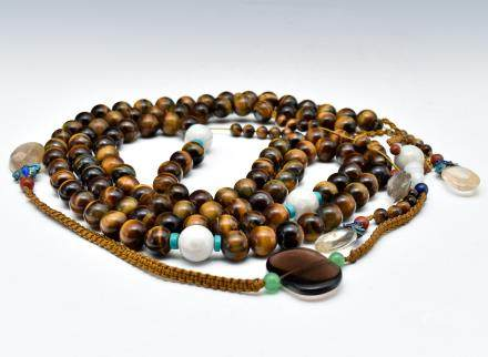 QING AGATE CHAOZHU COURT NECKLACE
