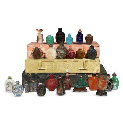 A group of 24 Chinese snuff bottles,