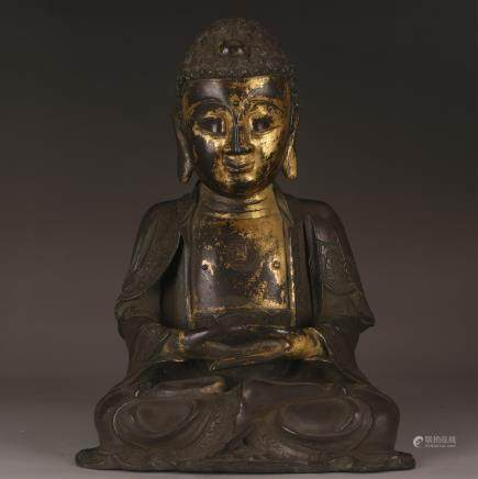 CHINESE GILT BRONZE FIGURE OF BUDDHA, QING DYNASTY