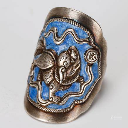 CHINESE SILVER RING WITH ENAMEL