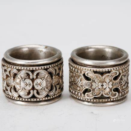 PAIR OF CHINESE SILVER THUMB RINGS