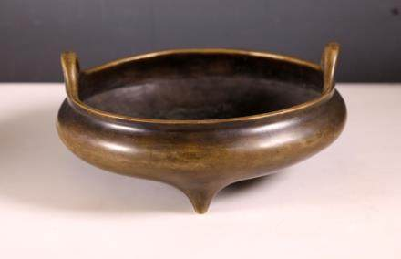 Lg Chinese 17 C Bronze Round Censer; Xuande Mark