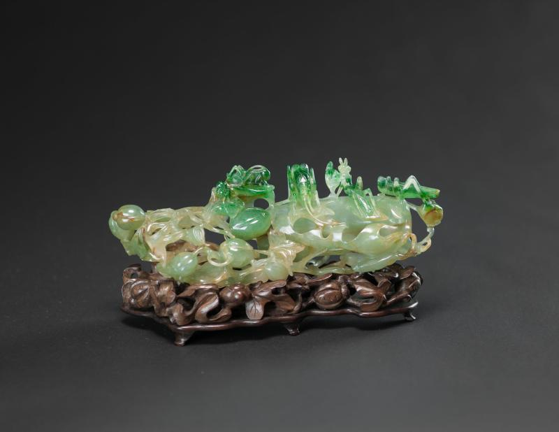 Qianlong/Jiaqing-Rare And Very Translucent Jadeite