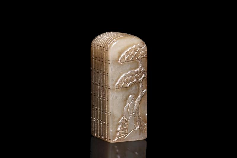 SHOUSHAN SOAPSTONE CARVED 'PORTRAIT AND CALLIGRAPHY' SEAL