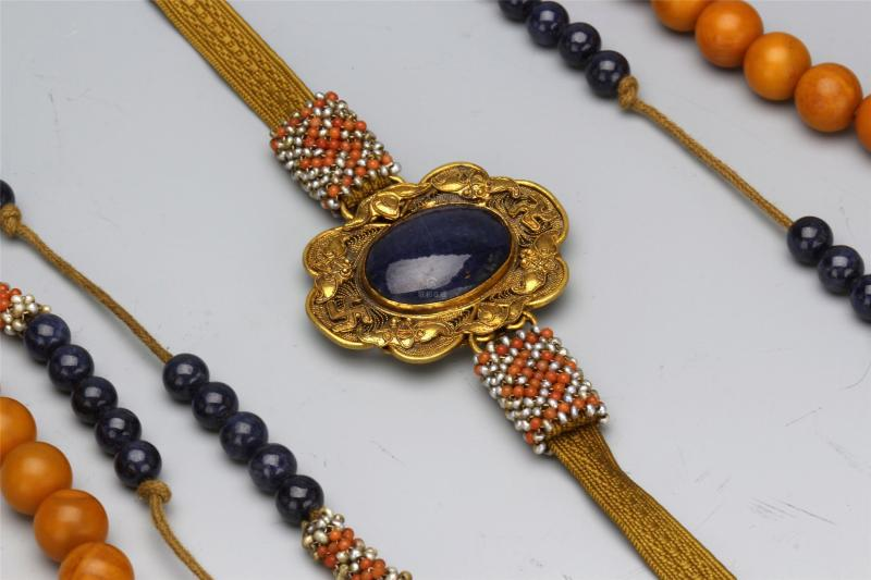 CHINESE HONEY AMBER BEAD CHAOZHU COURT NECKLACE