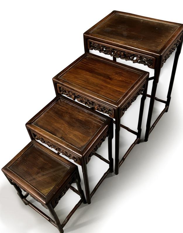 四套木桌台