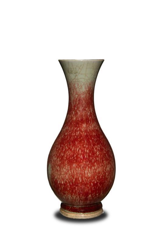 郎窑红釉瓷瓶
