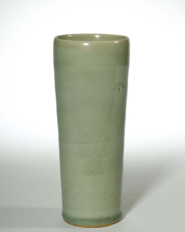 龙泉青瓷筒瓶